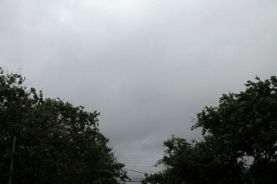 Pancada de chuva agora em alguns pontos de Campo Grande