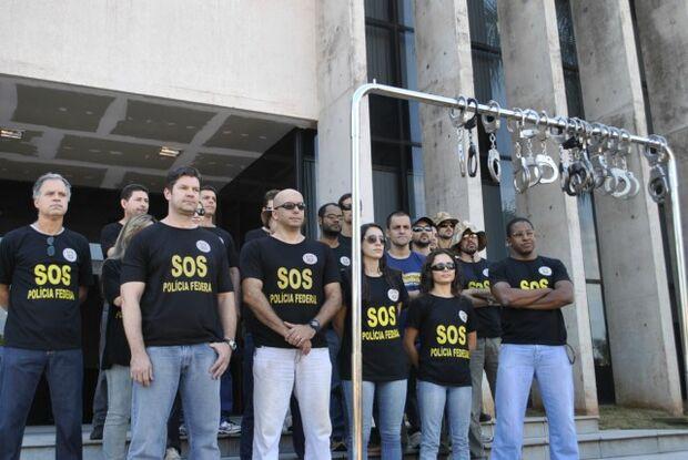 Algemaço de policiais federais tem adesão de 100% em Dourados