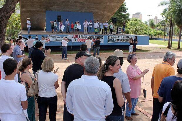 Indígena participa do Grito do Produtor e critica manifestantes contrários a causa