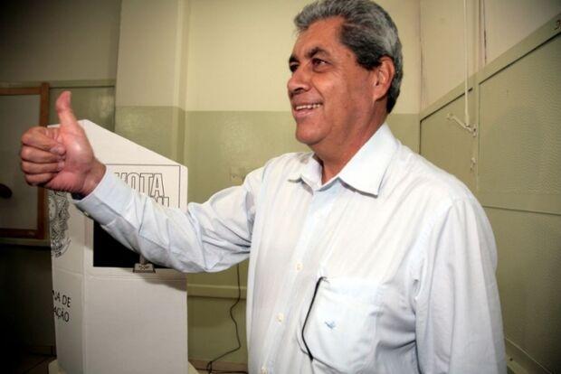 Para evitar implosão do PMDB, André é candidato ao Senado