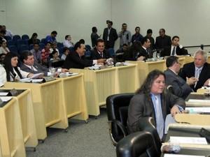Vereadores decidem desmembrar projeto que prevê a redução da tarifa do transporte coletivo