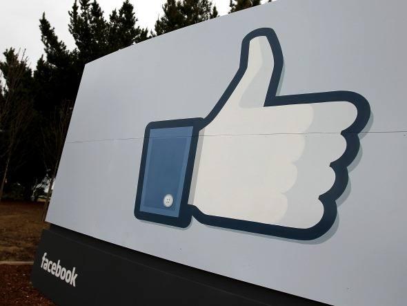 """Facebook elimina sinal positivo do botão """"curtir"""""""