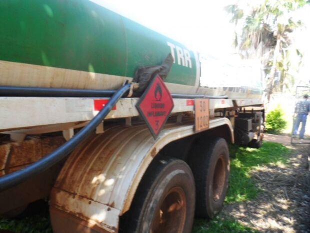 Caminhão é apreendido em Costa Rica com 10 mil litros de diesel ilegal