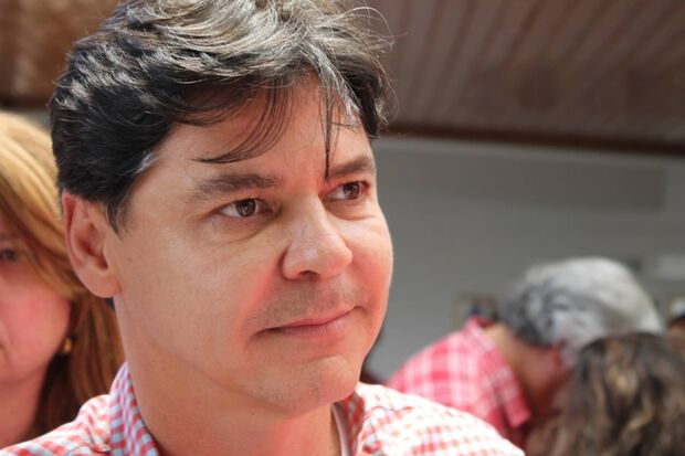 Paulo Duarte afirma que tentará quitar as dívidas do PT