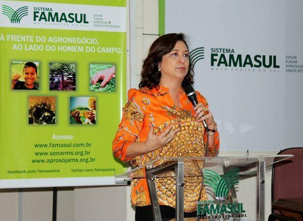 Senadora Katia Abreu reforça apoio aos produtores durante reunião na Famasul