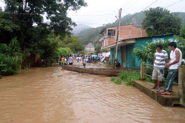 Chuvas deixam 45 mil famílias desabrigadas na Bolívia
