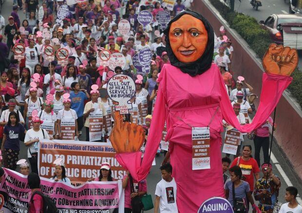 Dia internacional da Mulher tem vários protestos e manifestações ao redor do mundo
