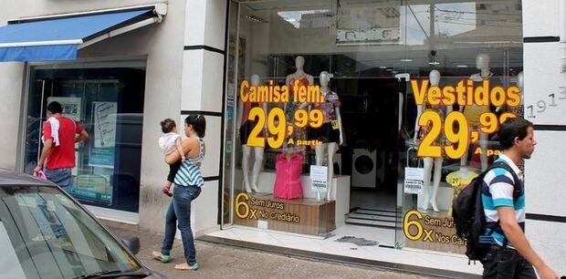 Movimento dos consumidores nas lojas em outubro foi o melhor resultado mensal do ano