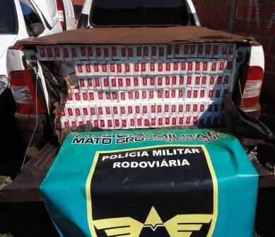 PRF apreende veículo carregado de cigarros contrabandeados em Vista Alegre