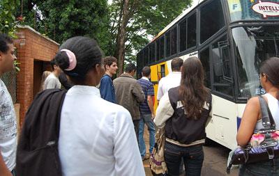 Estudantes do ensino técnico e superior terão transporte intermunicipal