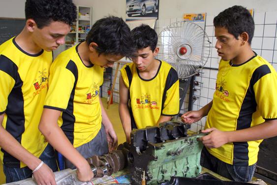 Cidade dos Meninos abre inscrições para cursos profissionalizantes em 2014