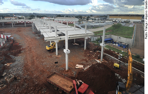 Conselhos de engenharia podem reforçar fiscalização de obras públicas