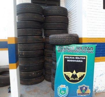 Polícia apreende pneus contrabandeados na MS-156