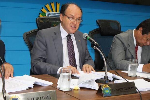 'Não da para trabalhar de faz de conta', diz Mochi sobre PMDB em 2014