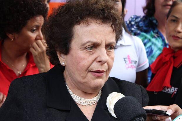 Ministra vai cobrar de Bernal nomeação imediata da Secretaria da Mulher