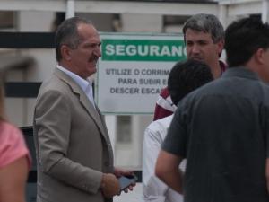 Ministro dos Esportes defende prisões de torcedores para conter violência nos estádios