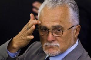Presidente do PT  pede ajuda para Genoino  pagar multa