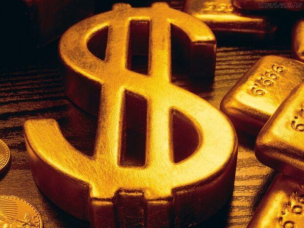 Em um mês, dólar tem queda de 1,36% ante o real