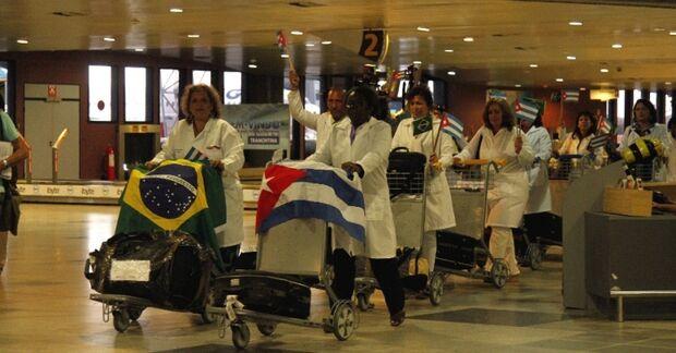Mais um médico cubano abandona programa Mais Médico