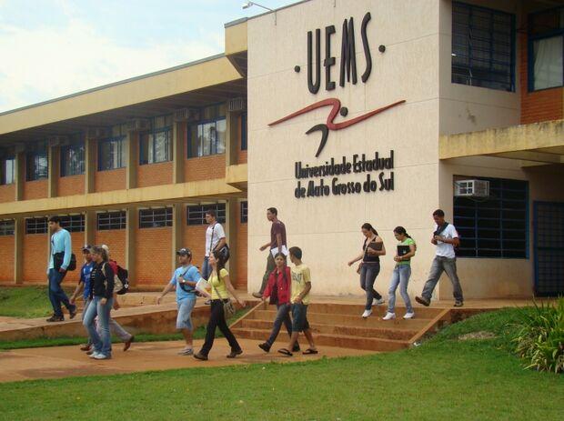 UEMS abre inscrições de concurso para docentes em Nova Andradina e Maracaju