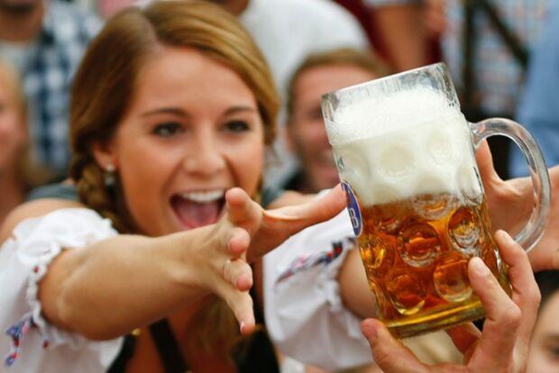 Mulheres campo-grandenses mostram que gostam mesmo é de cerveja