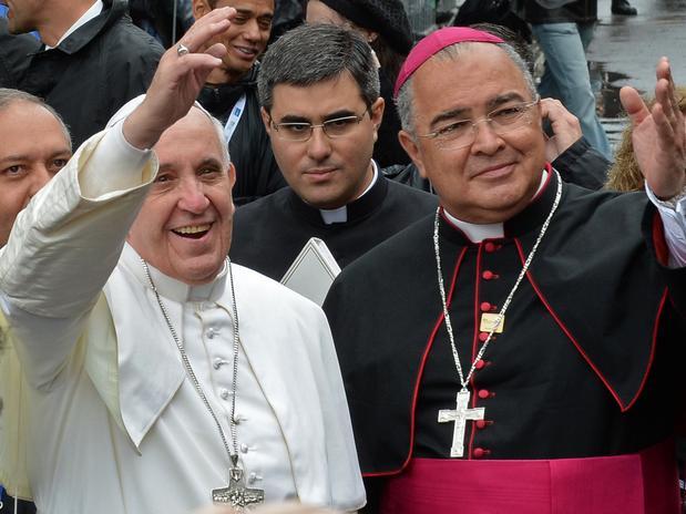 Papa anuncia arcebispo do Rio de Janeiro como novo cardeal