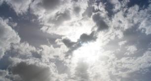 Céu aberto e com possibilidades de temporal nesta quarta-feira