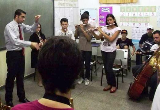 Municípios de MS recebem apresentações culturais nesta sexta