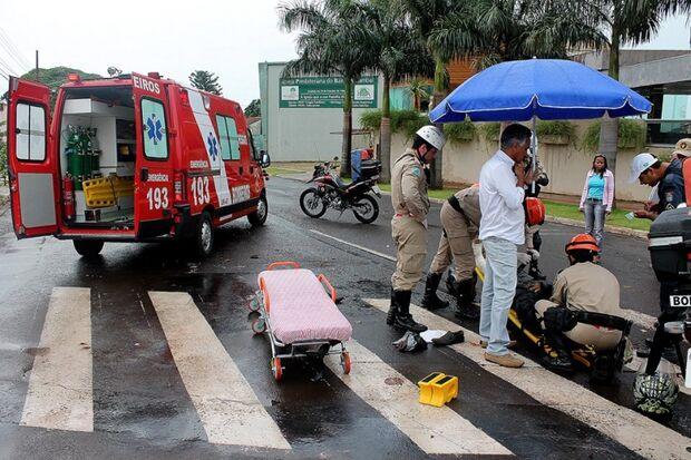 Mulher grávida que sofreu acidente hoje pela manhã ainda está internada
