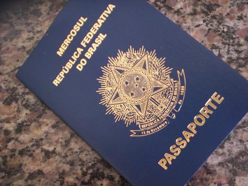 Polícia Federal bate recorde na emissão de passaportes em 2013