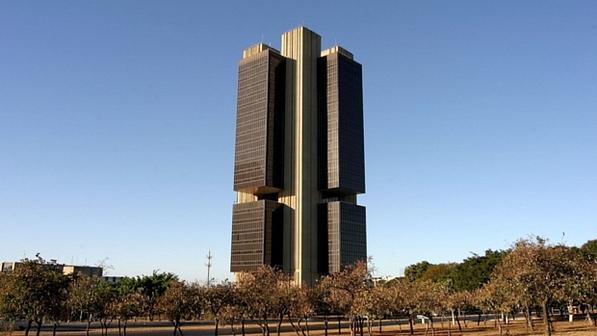 Banco Central prevê manutenção de crescimento em 2014