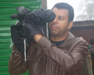 Colegas de trabalho prestam homenagem ao cinegrafista Santiago Andrade