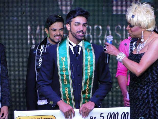 O Homem Gay mais bonito do país é de Mato Grosso do Sul