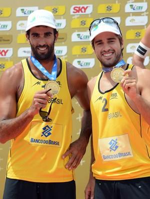 Pedro e Bruno vencem americanos e faturam o ouro em São Paulo