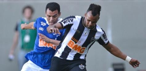 Atlético vence e impõe 2º revés ao líder Cruzeiro
