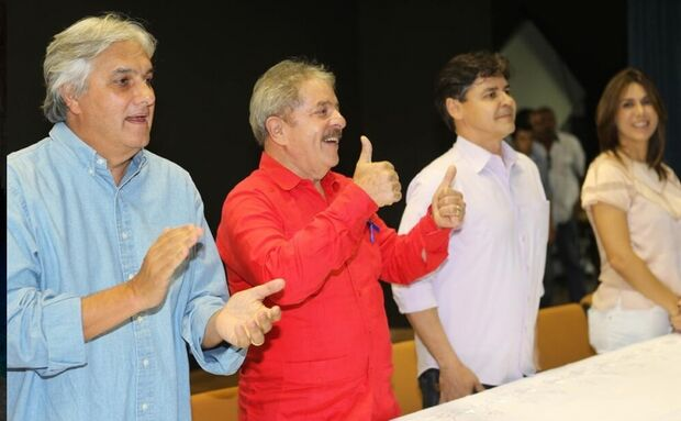 Lula reúne militância petistas para fortalecer projeto para 2014