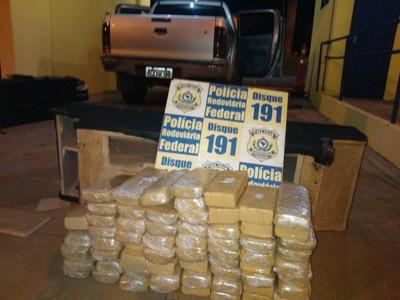Operação apreende 65 Kg de crack e 144 Kg de cocaína na BR-262
