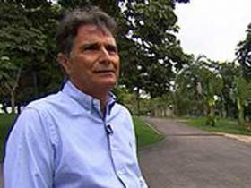 Ex-piloto Nelson Piquet é internado em hospital de São Paulo