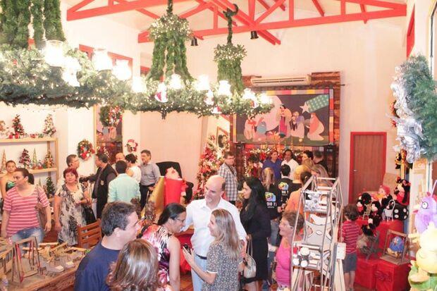 """Modesta, decoração de natal de Campo Grande é inaugurada nessa quinta com show """"Cadê Popó""""?"""