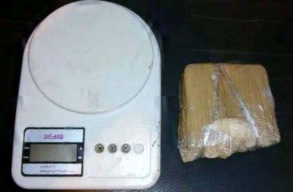 Jovem de 18 anos é preso por tráfico de drogas na Nhanhá
