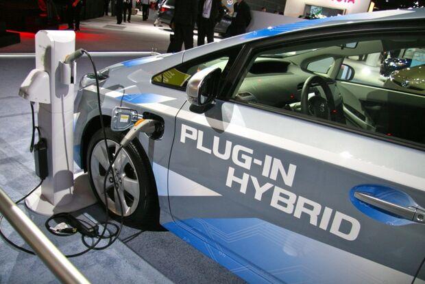 Governo Federal quer baixar alíquota para estimular importação de veículos híbridos