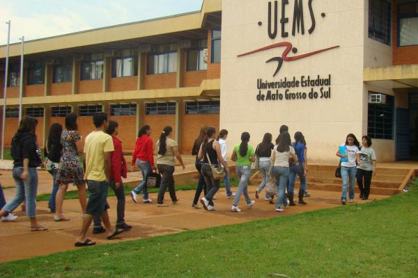 Inscrições para concurso de docente na UEMS começam hoje
