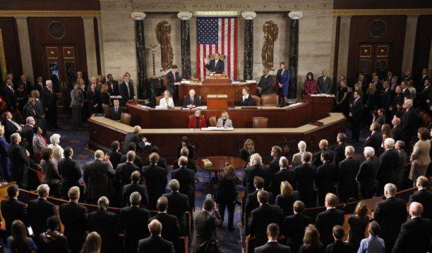 Líder do Senado dos EUA vê chance para fim de impasse fiscal