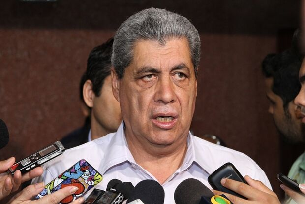 André é a favor da abertura da CPI contra Bernal