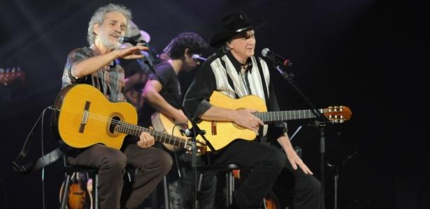 Entidade será beneficiada com show de Sérgio Reis e Renato Teixeira