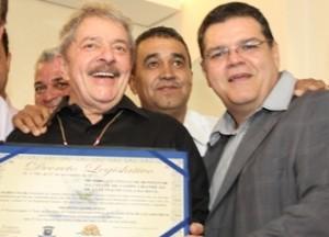 Ex-presidente Lula recebe Título de Benfeitor da Cidade de Campo Grande