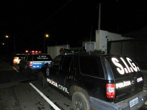 Ladrão faz família refém durante assalto em MS