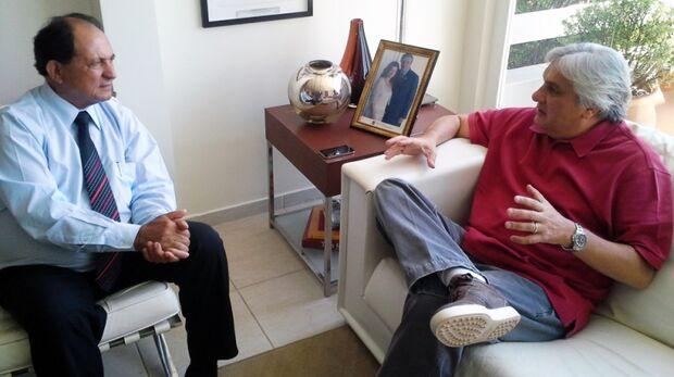 Delcídio e Zé Teixeira discutem conflitos indígenas em MS