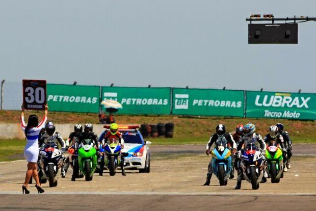 Treinos livres abrem oficialmente os trabalhos do Moto 1000 GP em Campo Grande