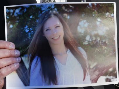 EUA: polícia divulga imagem de jovem baleada em tiroteio em escola